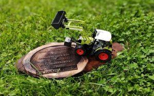 claas traktor modell